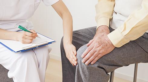 カイロプラクティック検査とは、姿勢検査や触診のことを指します